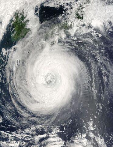 File:Typhoon Chaba 29 aug 2004 0145Z.jpg