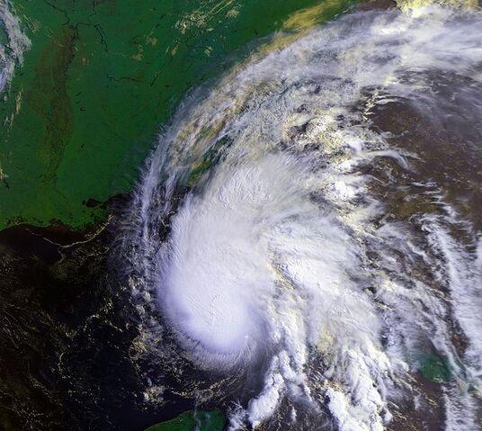 File:Hurricane Allison 04 jun 1995 1313Z.jpg