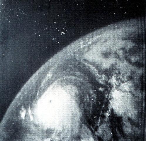 File:Hurricane Betsy.jpg