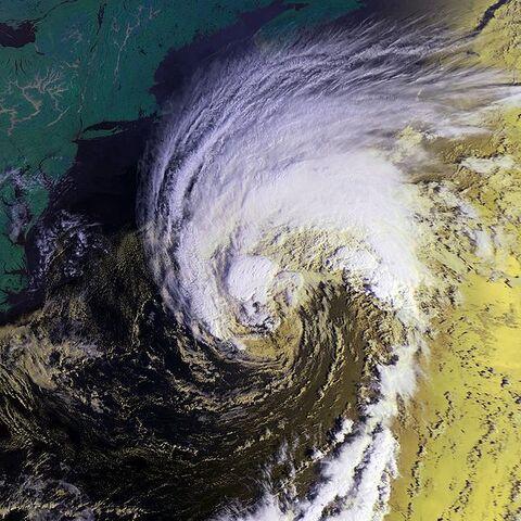 File:Hurricane Gabrielle 17 sept 2001 1213Z.jpg