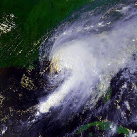 File:Hurricane Earl 02 sept 1998 2028Z.jpg