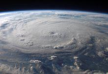 File:Felix from ISS 03 sept 2007 1138Z.jpg