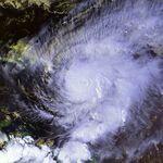 Hurricane Lenny 17 nov 1999 2015Z.jpg