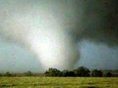 Tornado 955