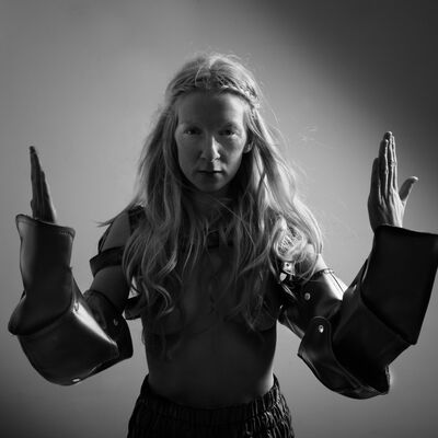 ionnalee press photo series 1