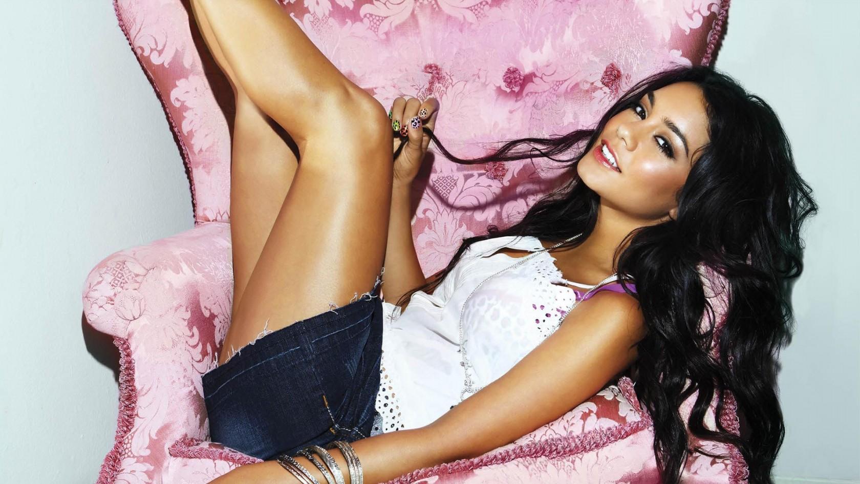 Vanessa Hudgens Hot Vanessa Hudgens Background Hd Wallpaper Jpg