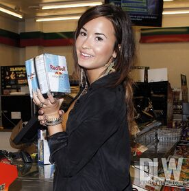 Demi-lovato-red-bull
