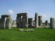 Nearby-salisbury-stonehenge