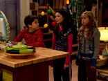 ICarly.S01E01.iPilot.HR.DVDRiP.XviD-LaR.avi 000855083