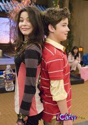 IGo to Japan- Carly and Freddie