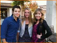 Jennette-McCurdy-Nathan-Kress-Rocks-Your-School.jpg