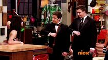 ICarly.S07E07.iGoodbye.480p.HDTV.x264 -Finale Episode-.mp4 001705452-002