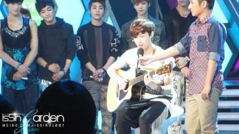 20425.Happy Camp.EXO-M.Lay.Playing Guitar