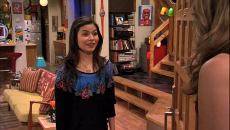 Who is carly from icarly hookup in real life