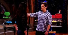 ICarly.S07E07.iGoodbye.480p.HDTV.x264 -Finale Episode-.mp4 002373744-057