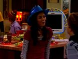 ICarly.S01E01.iPilot.HR.DVDRiP.XviD-LaR.avi 001530333