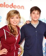 Jennette+McCurdy+Nathan+Kress+Nickelodeon+sPYoID Y1Pul
