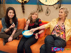 Sampamcarlyoncouch
