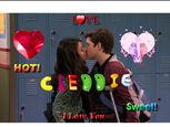 Creddie Kiss 2