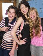 Carly ,Sam e Freddie
