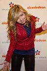 Jennette+McCurdy+iCarly+Visits+Naval+Submarine+Pt7HdhC9ldil