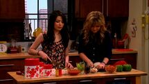 ICarly.S05E08.iBalls.480p.WEB-DL.x264-mSD.mkv 000374499