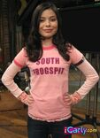 Miranda Cosgrove FB pic on iCarly page