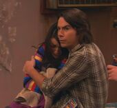 ITake On Dingo (Hug)