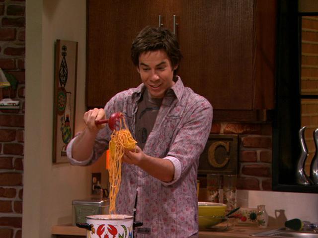 Arquivo:Spencer makes Spaghetti Tacos-1-9.JPG