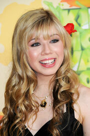 Jennette McCurdy 358578