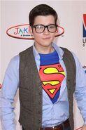 Superman-nathan-kress-16697932-333-500