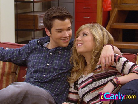 And Icarly Sam Dating Freddie Start
