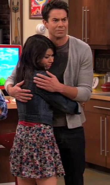 Spencer And Carly Hug In Imeet The First Lady