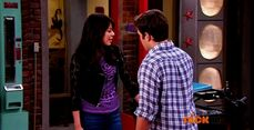 ICarly.S07E07.iGoodbye.480p.HDTV.x264 -Finale Episode-.mp4 002371742-055