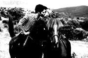 Seddie on Horses kissing Twilight