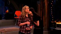 ICarly.S04E10.iOMG-HD.480p.Web-DL.x264-mSD.mkv 000340809
