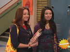 ICarly S02E16 iReunite With Missy.avi snapshot 04.45 -2010.01.13 21.02.01-