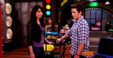 ICarly.S07E07.iGoodbye.480p.HDTV.x264 -Finale Episode-.mp4 002369740-054