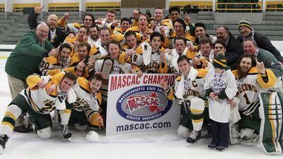 2018 MASCAC Champions Fitchburg State Falcons
