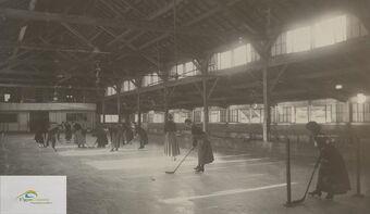 Women;s hockey game at Granite arena