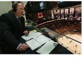 Bob Cole (announcer)