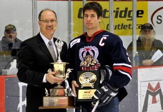 Steven Shamanski receives Brian Kozak Memorial Award
