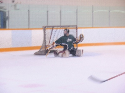 2007-11-20-CMU-goalie