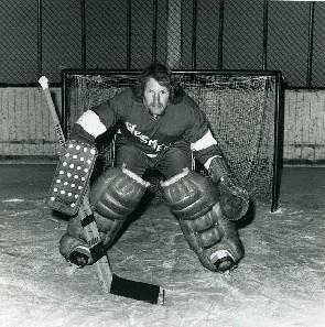 Wesmen goalie geo hopkinson 1970 300px