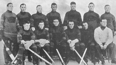1924-25 Bruins Team pic