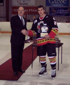 Jordan DePape receives Vince Leah Memorial Trophy