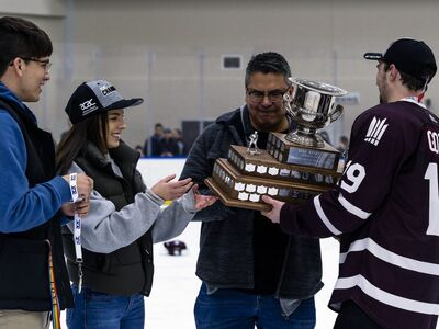 2019 ACAC men's championship trophy presentation