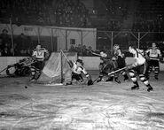 15Nov1941-Krauts Shewchuk vs NYR