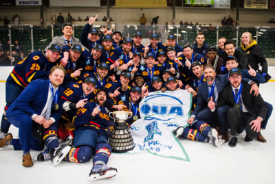 2019 OUA Men's champions Queen's Golden Gales