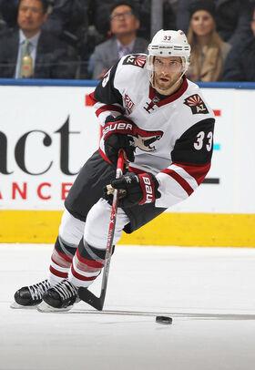 Alex Goligoski Coyotes.jpg